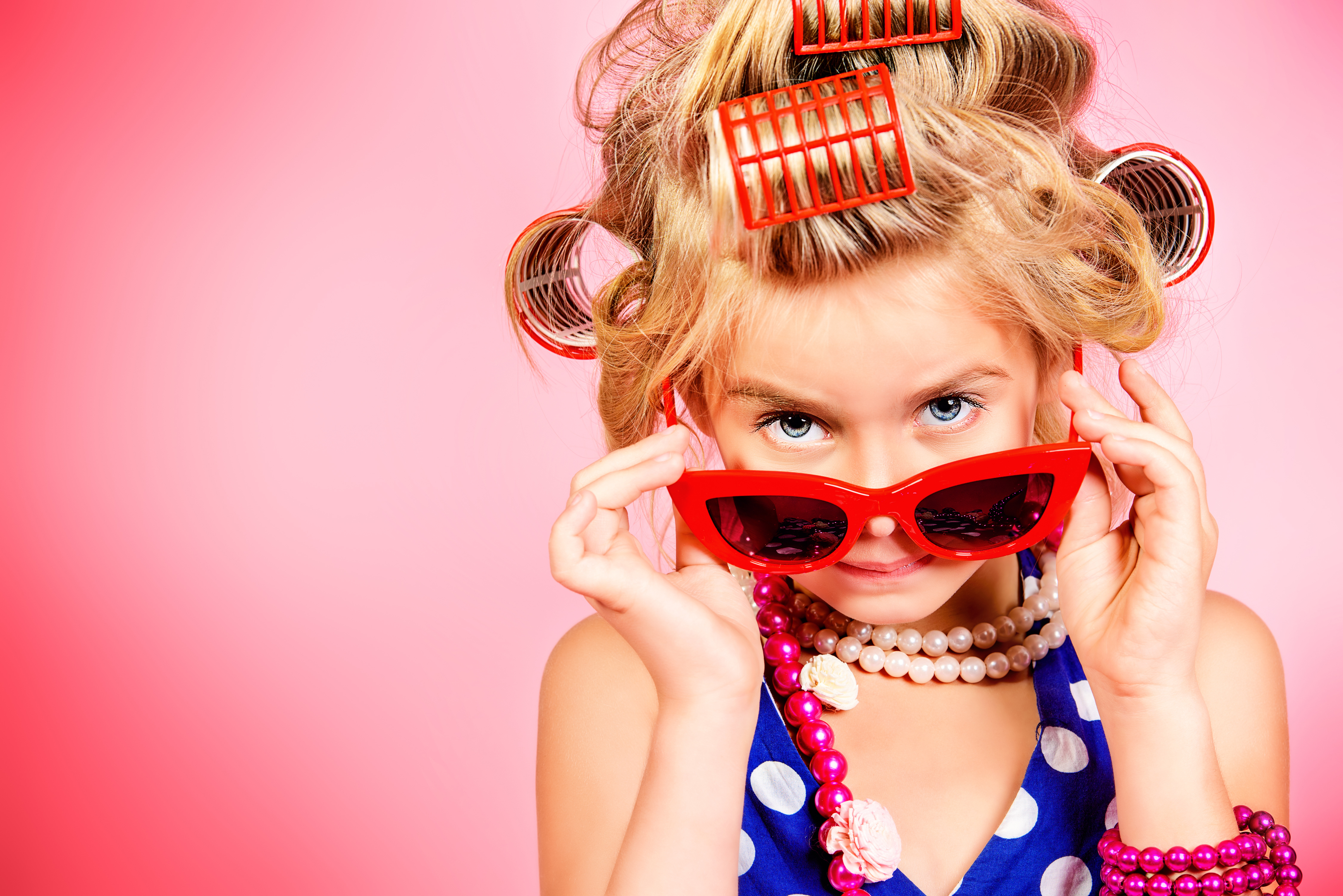 2017People Children Glamorous girl in big red glasses and curlers on her head 115479